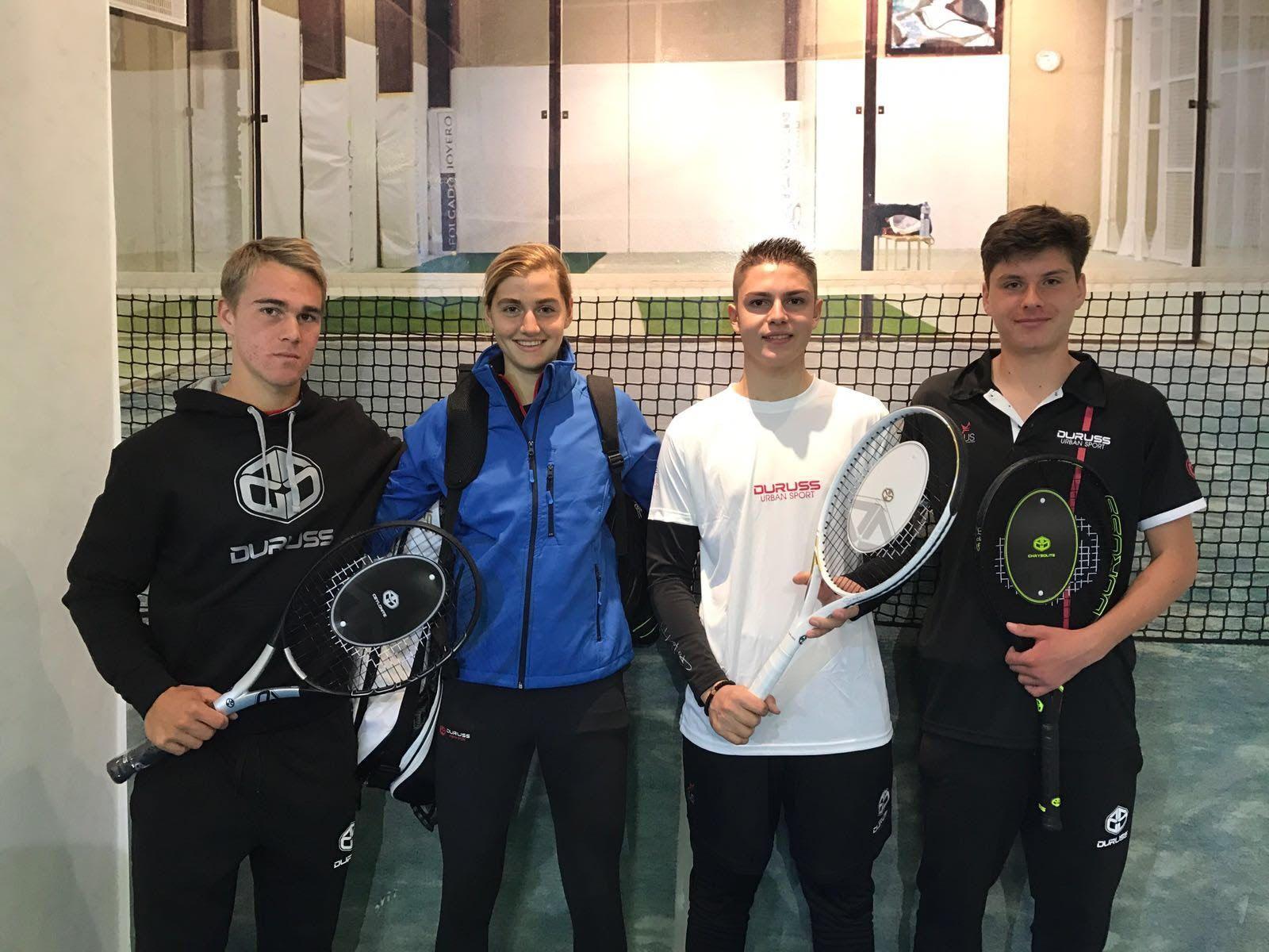Los primeros jugadores de tenis de la marca DURUSS son de la Academia JCFerrero – Equelite