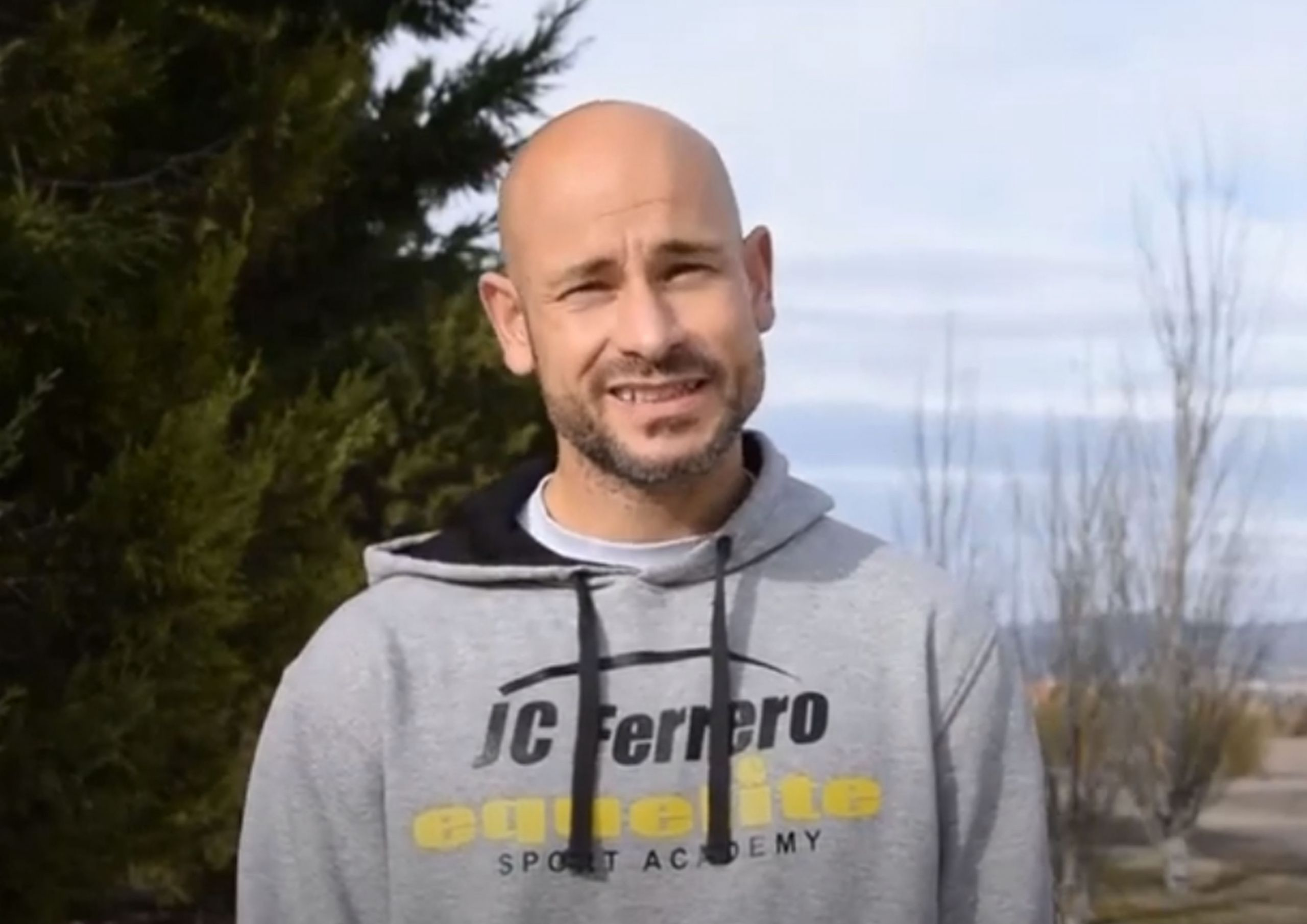 10 En pista – Ejercicios físicos con Alberto Lledó